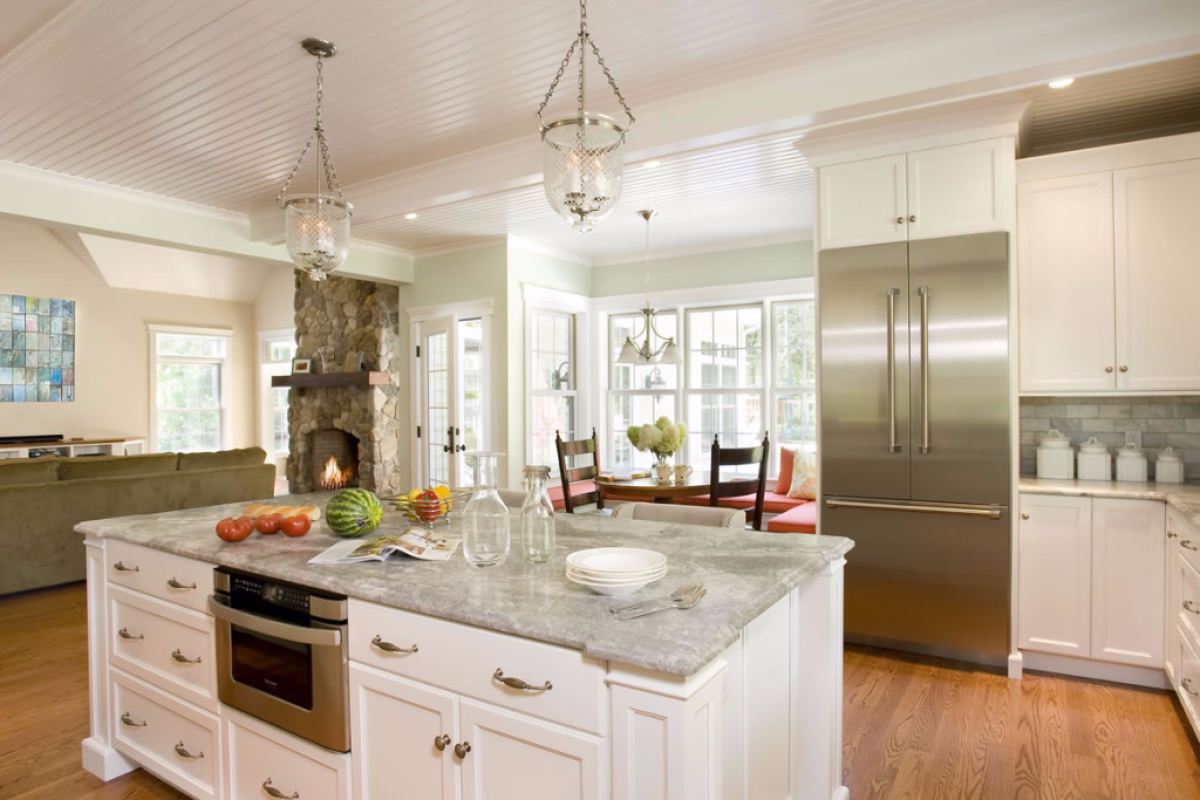 Classic Kitchen Design – Easton, Massachusetts